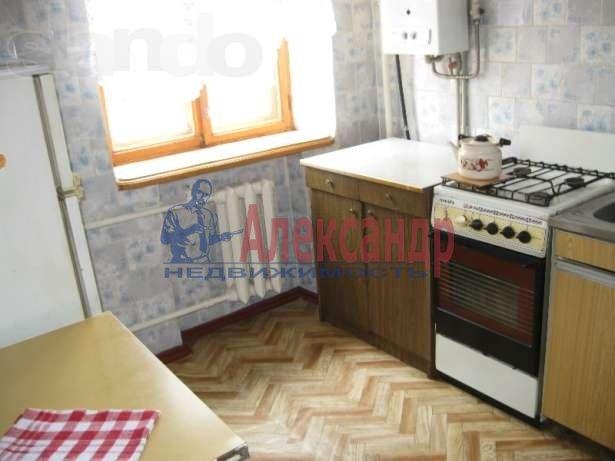 1-комнатная квартира (36м2) в аренду по адресу Орджоникидзе ул., 26— фото 2 из 2