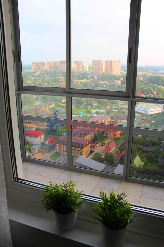 1-комнатная квартира (44м2) в аренду по адресу Мурино пос., Привокзальная пл., 3— фото 9 из 11