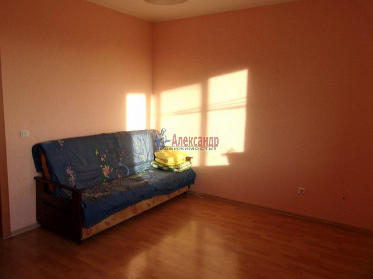 2-комнатная квартира (54м2) в аренду по адресу Красное Село г.— фото 1 из 8