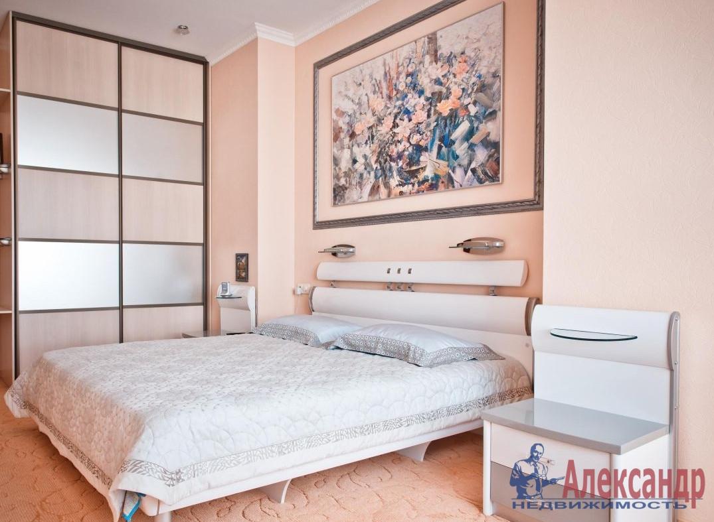 2-комнатная квартира (65м2) в аренду по адресу Оренбургская ул., 2— фото 2 из 3