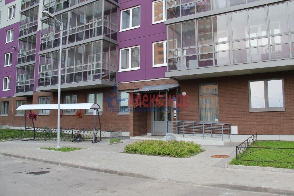 1-комнатная квартира (44м2) в аренду по адресу Мурино пос., Привокзальная пл., 3— фото 11 из 11