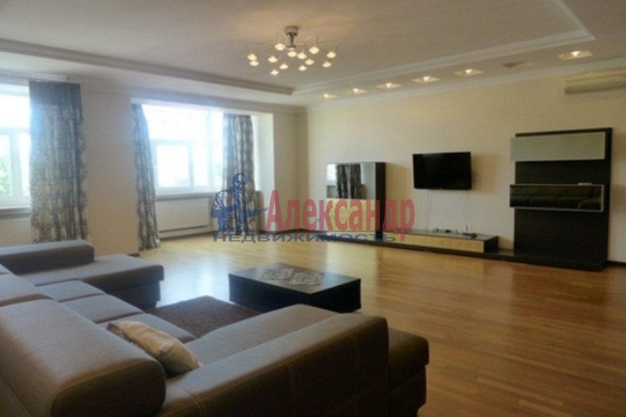 3-комнатная квартира (147м2) в аренду по адресу Реки Мойки наб., 31— фото 1 из 8