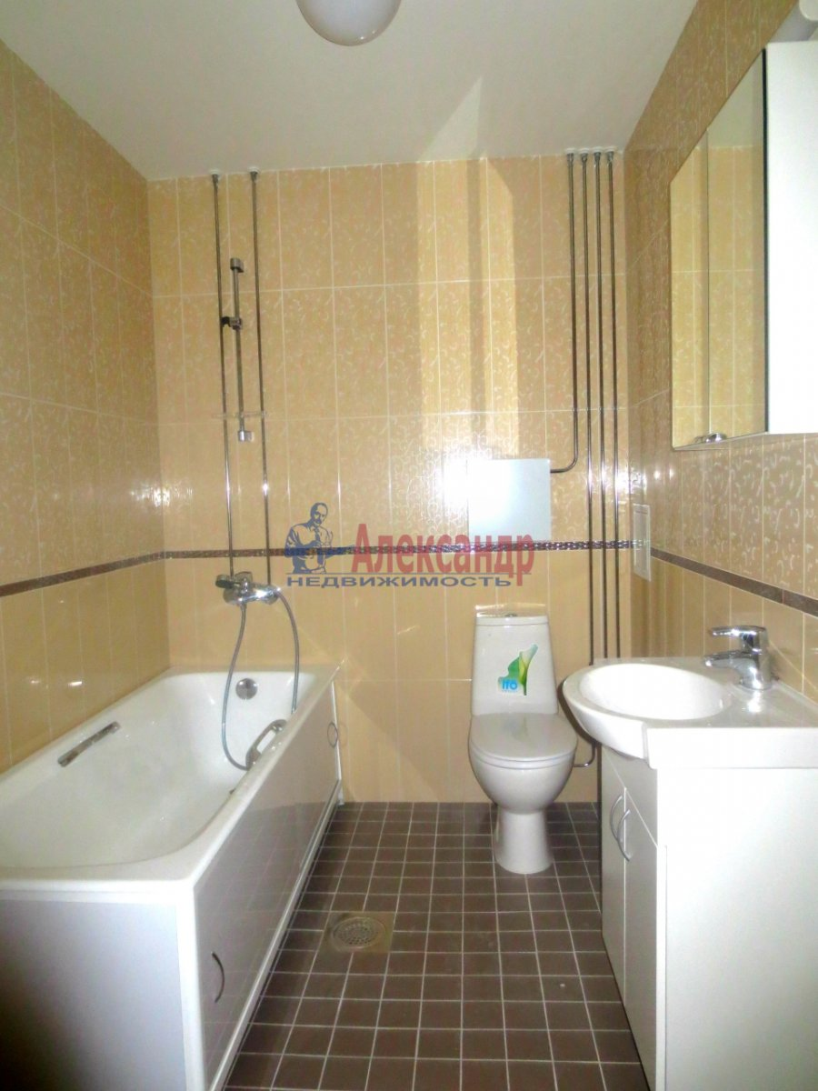 2-комнатная квартира (55м2) в аренду по адресу Мебельная ул., 35— фото 2 из 6