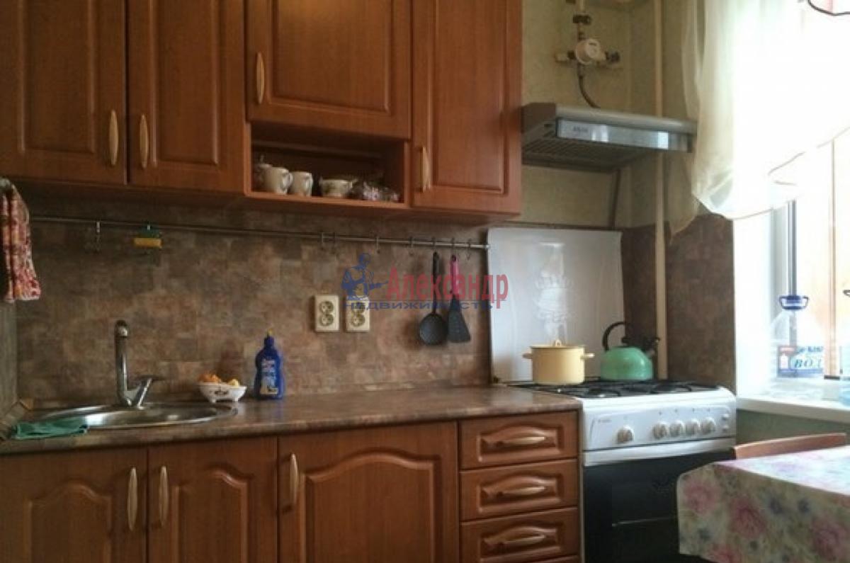 1-комнатная квартира (34м2) в аренду по адресу Пулковская ул., 8— фото 2 из 3