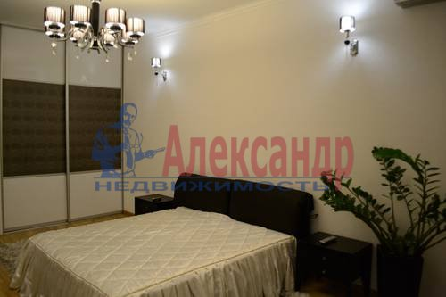 2-комнатная квартира (64м2) в аренду по адресу Кузнецовская ул., 44— фото 3 из 8