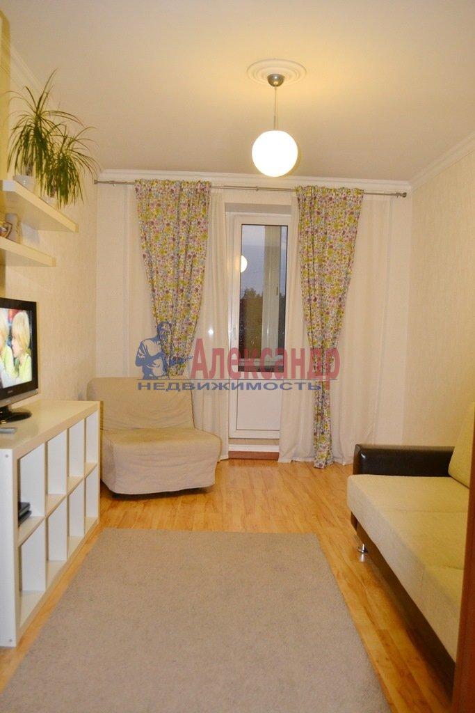 1-комнатная квартира (40м2) в аренду по адресу Ланское шос., 14— фото 2 из 9