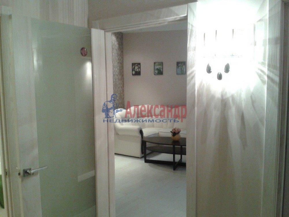 2-комнатная квартира (80м2) в аренду по адресу Петрозаводская ул., 13— фото 5 из 14
