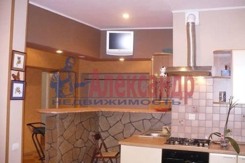 3-комнатная квартира (110м2) в аренду по адресу Виленский пер., 17— фото 2 из 4