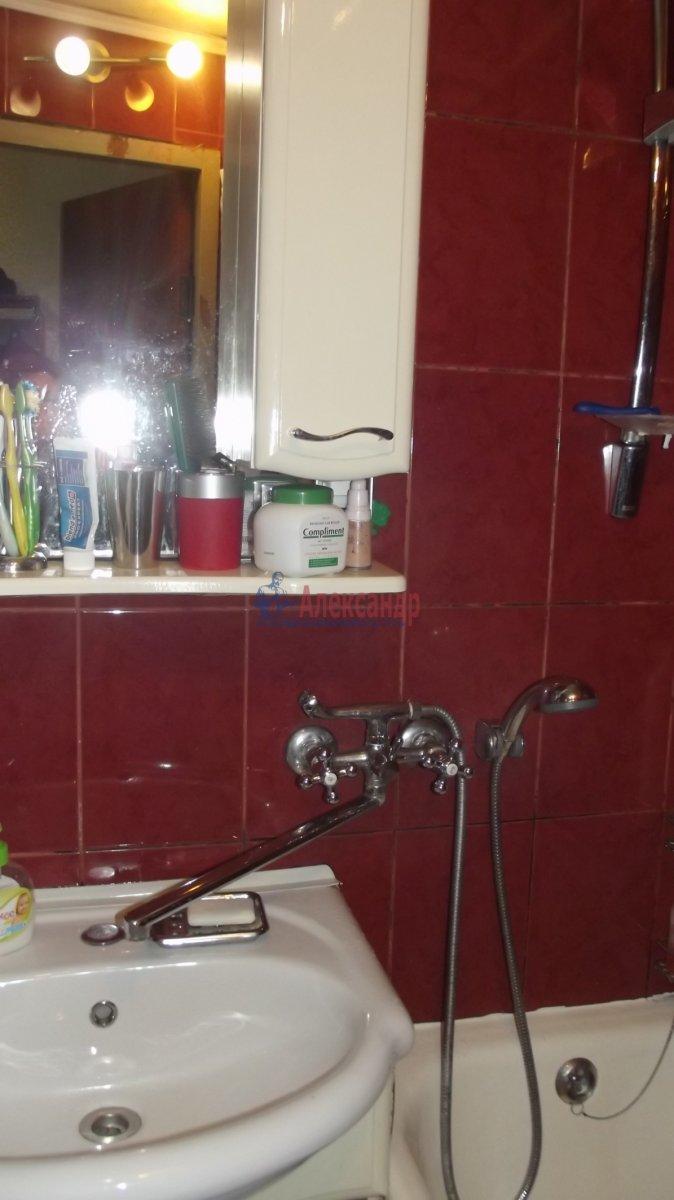 1-комнатная квартира (35м2) в аренду по адресу Маршала Захарова ул., 16— фото 4 из 4