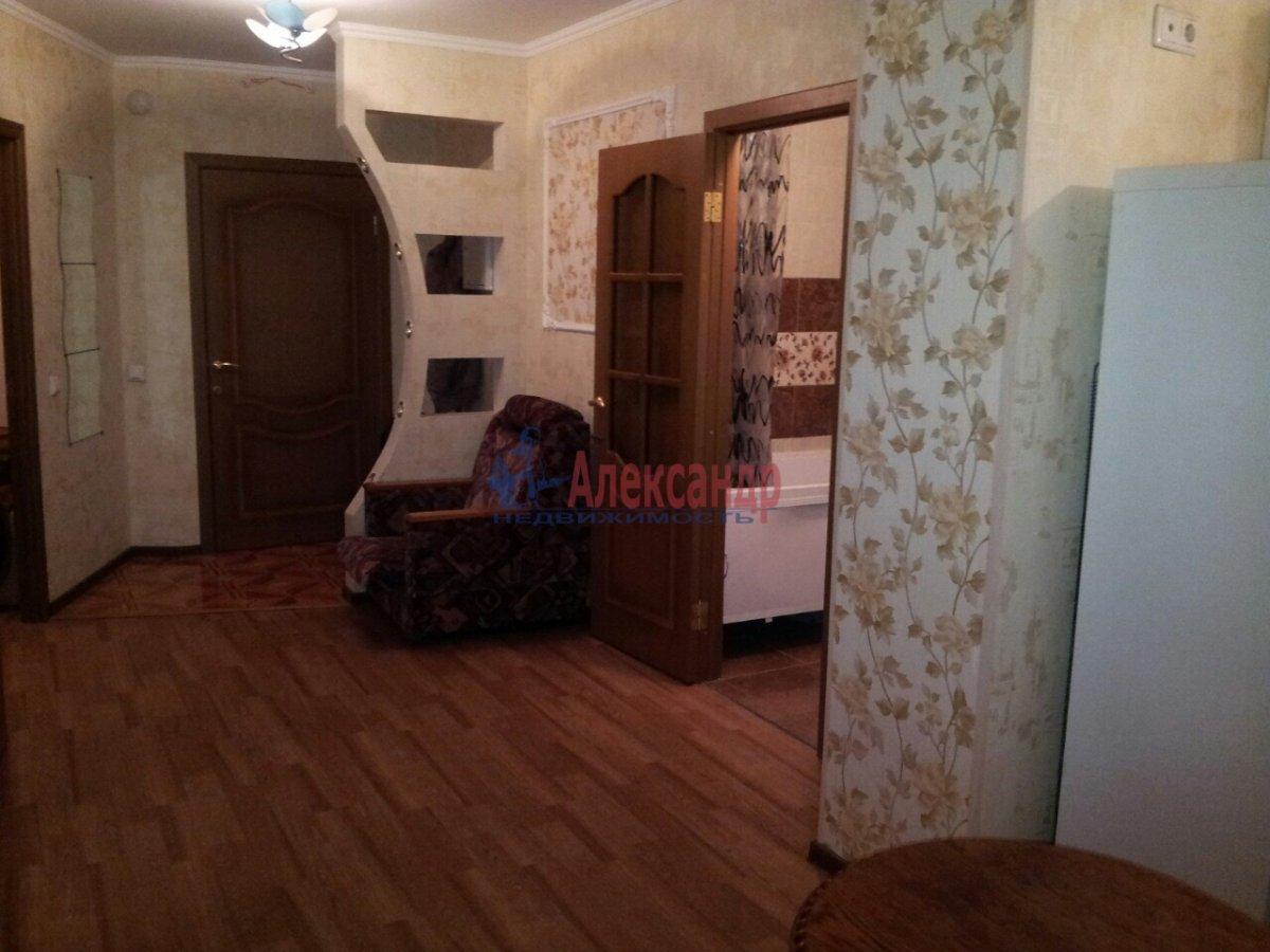 2-комнатная квартира (46м2) в аренду по адресу Шелгунова ул., 7— фото 13 из 16
