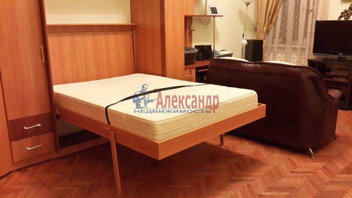 2-комнатная квартира (58м2) в аренду по адресу Радищева ул., 15— фото 9 из 10