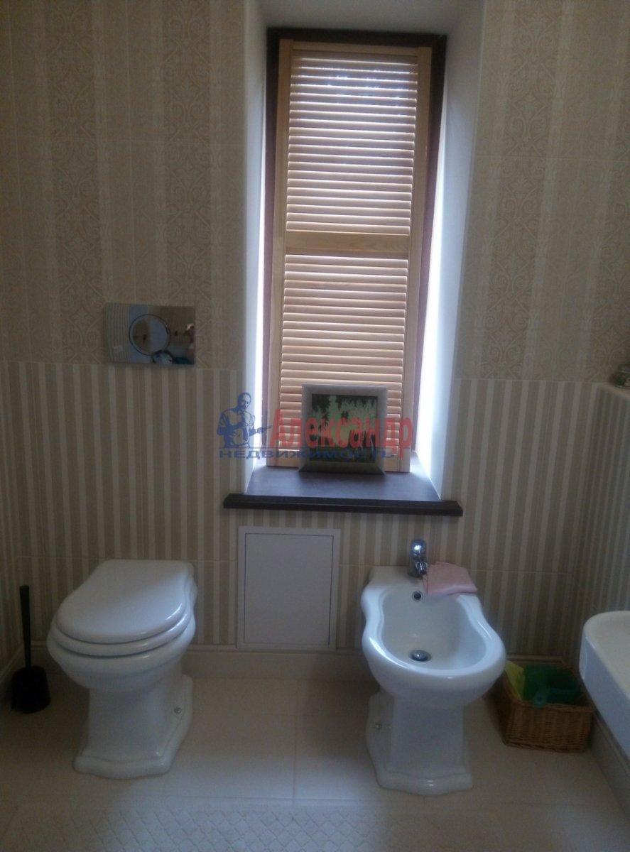 3-комнатная квартира (130м2) в аренду по адресу Солнечное пос., Нагорная ул., 2— фото 9 из 12