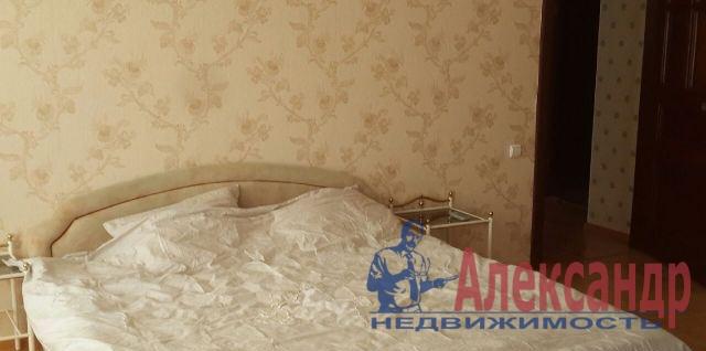 2-комнатная квартира (67м2) в аренду по адресу Садовая ул., 112— фото 2 из 5