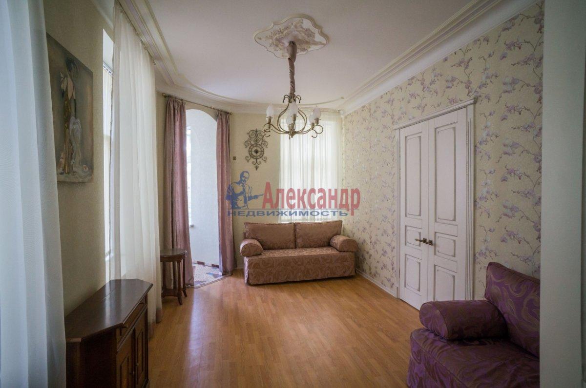 3-комнатная квартира (80м2) в аренду по адресу 6 Красноармейская ул., 80— фото 2 из 8