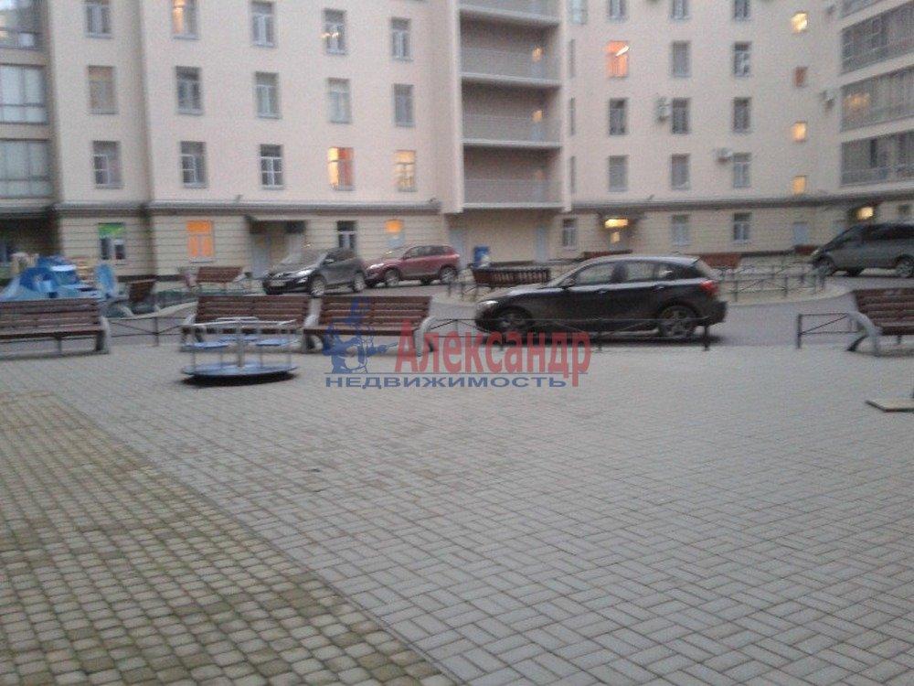 2-комнатная квартира (80м2) в аренду по адресу Петрозаводская ул., 13— фото 13 из 14