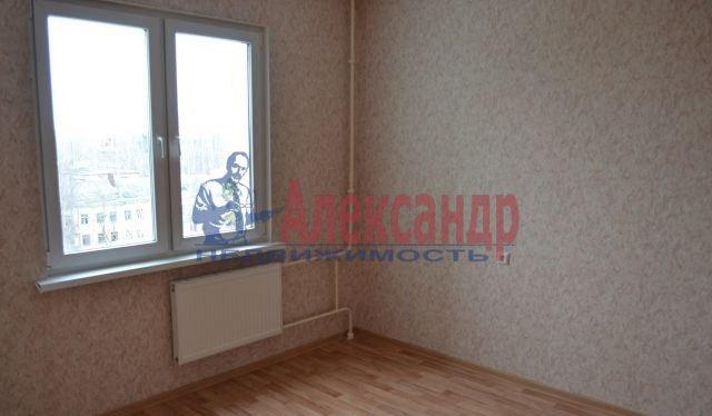 3-комнатная квартира (75м2) в аренду по адресу Приозерское шос., 10— фото 9 из 10