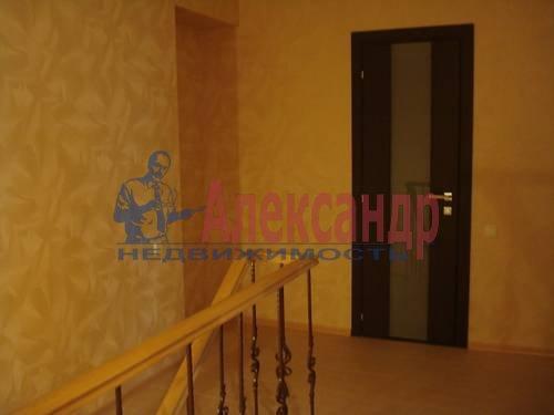 2-комнатная квартира (71м2) в аренду по адресу Есенина ул., 1— фото 6 из 10