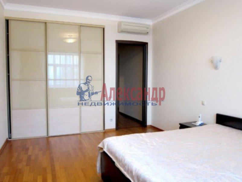 3-комнатная квартира (147м2) в аренду по адресу Реки Мойки наб., 31— фото 7 из 8