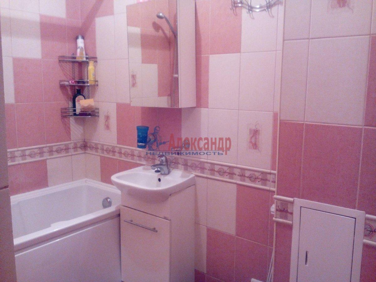 1-комнатная квартира (32м2) в аренду по адресу Будапештская ул., 48— фото 1 из 4