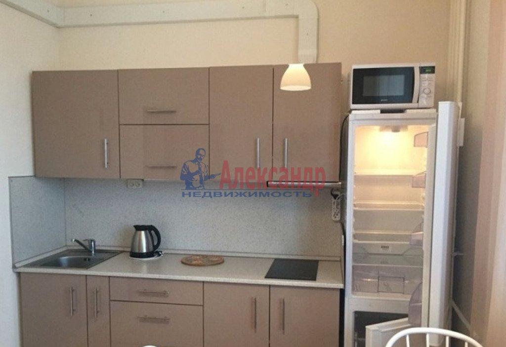 2-комнатная квартира (59м2) в аренду по адресу Среднеохтинский пр., 55— фото 4 из 4