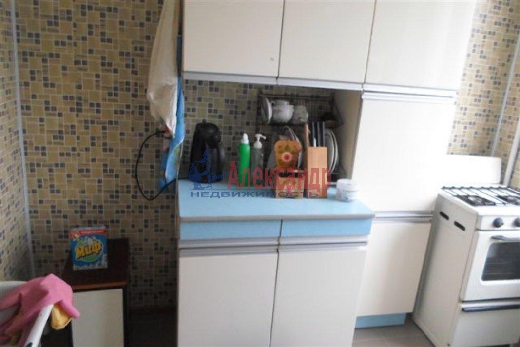 1-комнатная квартира (35м2) в аренду по адресу Новоколомяжский пр.— фото 2 из 2
