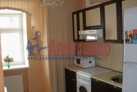 1-комнатная квартира (39м2) в аренду по адресу Гражданский пр., 36— фото 2 из 4