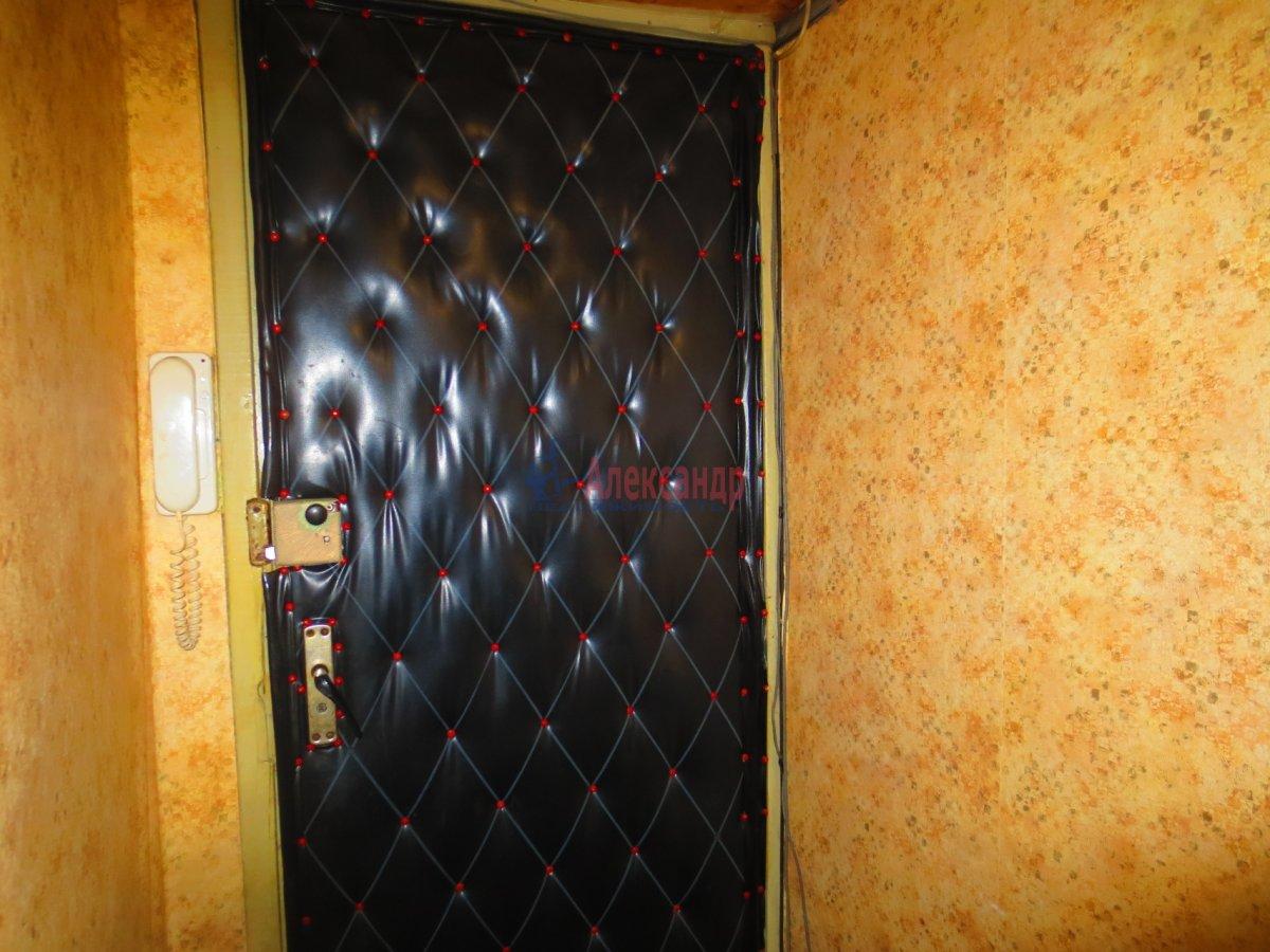1-комнатная квартира (35м2) в аренду по адресу Ногина пер., 4— фото 2 из 3