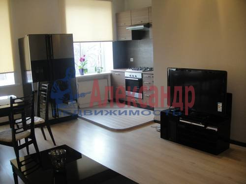 2-комнатная квартира (67м2) в аренду по адресу Маршала Жукова пр., 28— фото 1 из 6