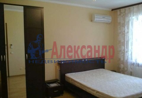 1-комнатная квартира (39м2) в аренду по адресу Гражданский пр., 36— фото 1 из 4