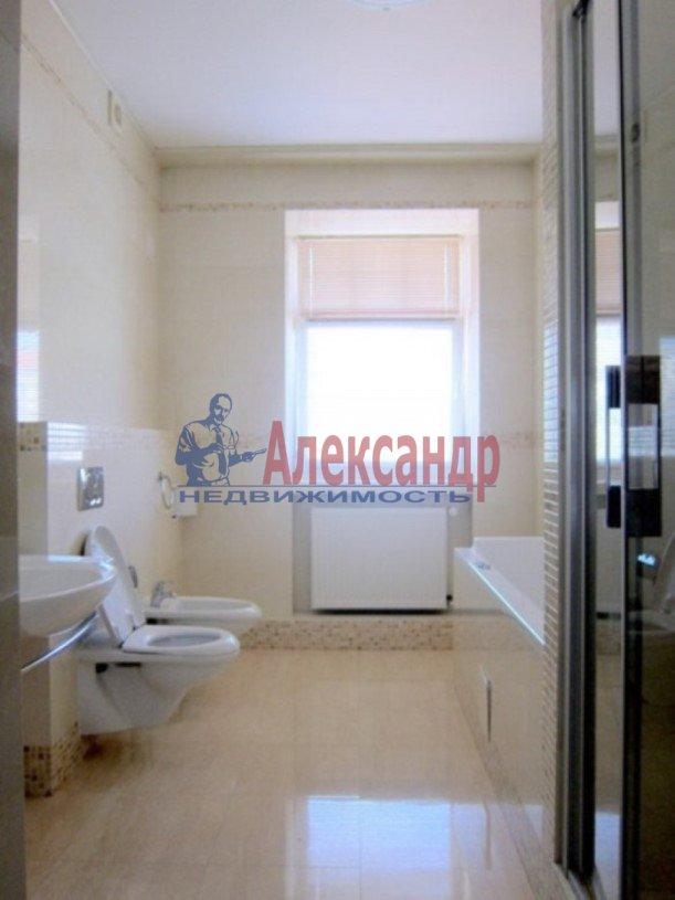 3-комнатная квартира (147м2) в аренду по адресу Реки Мойки наб., 31— фото 8 из 8