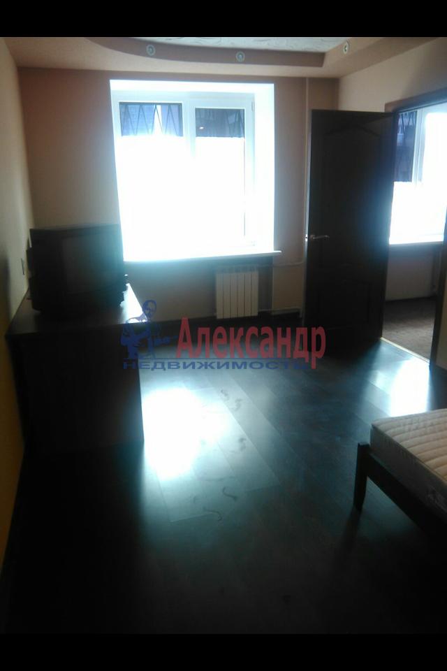 2-комнатная квартира (49м2) в аренду по адресу Пограничника Гарькавого ул., 19— фото 4 из 7