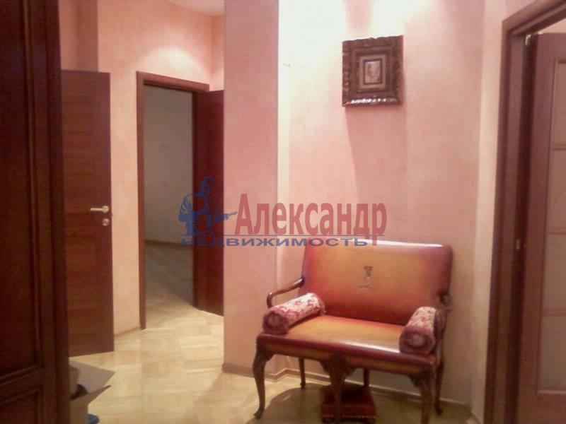 3-комнатная квартира (140м2) в аренду по адресу Петровский пр., 1— фото 3 из 12