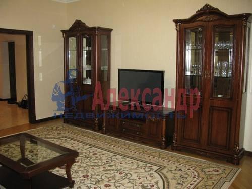 2-комнатная квартира (85м2) в аренду по адресу Ленсовета ул., 88— фото 5 из 10