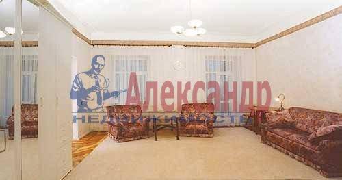 2-комнатная квартира (40м2) в аренду по адресу Коломенская ул., 32— фото 2 из 3