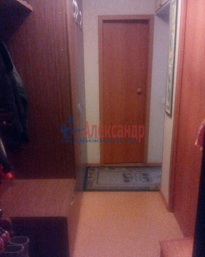 1-комнатная квартира (35м2) в аренду по адресу Шаумяна пр., 43— фото 3 из 5