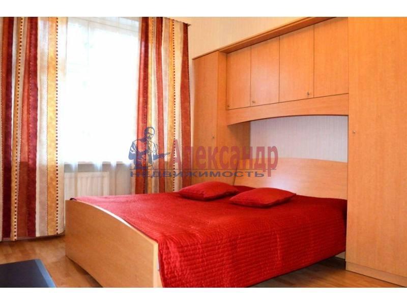 1-комнатная квартира (40м2) в аренду по адресу Свеаборгская ул.— фото 2 из 10