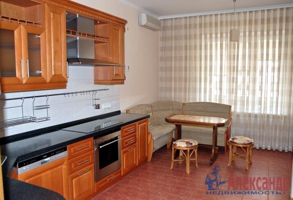3-комнатная квартира (95м2) в аренду по адресу 3 линия В.О., 52— фото 1 из 4