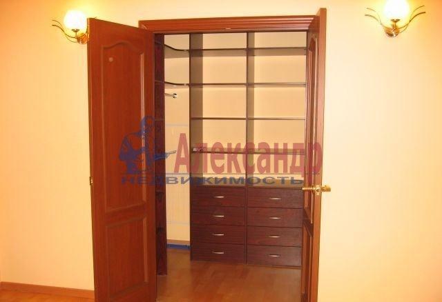 2-комнатная квартира (67м2) в аренду по адресу Ефимова ул., 5— фото 5 из 8