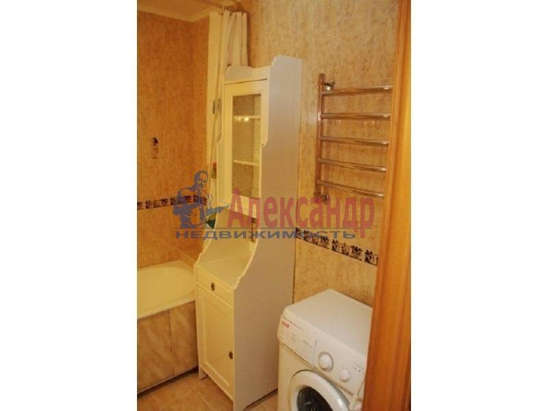 Комната в 2-комнатной квартире (63м2) в аренду по адресу Энгельса пр., 111— фото 2 из 3