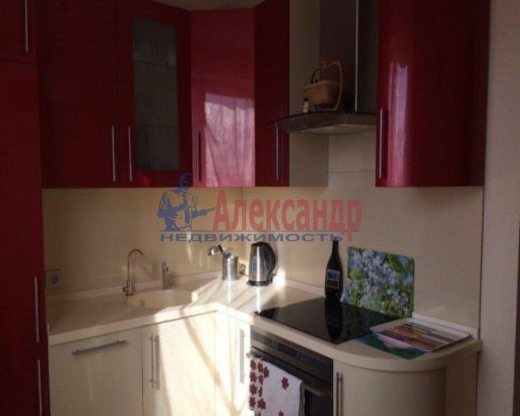 1-комнатная квартира (40м2) в аренду по адресу Малая Бухарестская ул., 10— фото 2 из 2