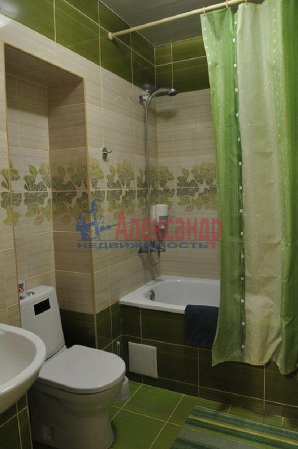 2-комнатная квартира (54м2) в аренду по адресу Варшавская ул., 19— фото 3 из 3