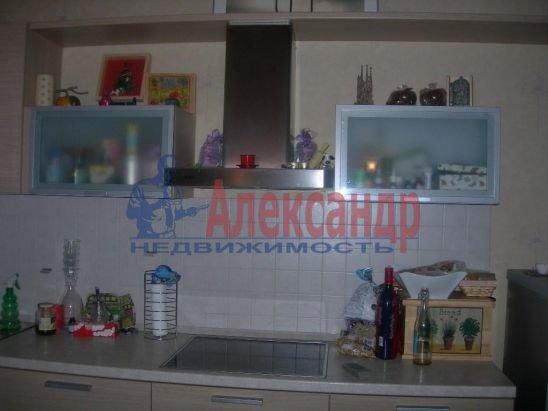 1-комнатная квартира (40м2) в аренду по адресу 8 Советская ул.— фото 2 из 6