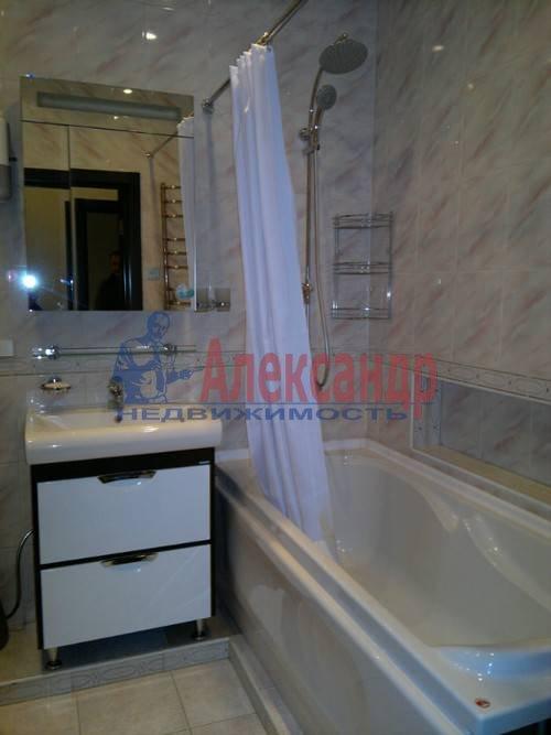 2-комнатная квартира (80м2) в аренду по адресу Энгельса пр., 93— фото 3 из 7