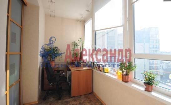 3-комнатная квартира (90м2) в аренду по адресу Кораблестроителей ул., 32— фото 3 из 9