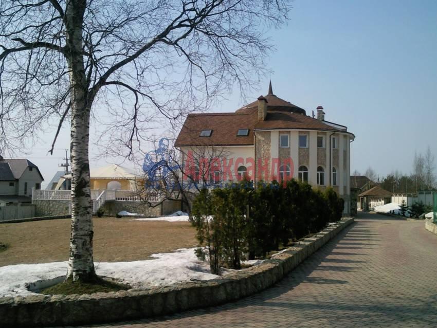 Дом (999м2) в аренду — фото 2 из 6