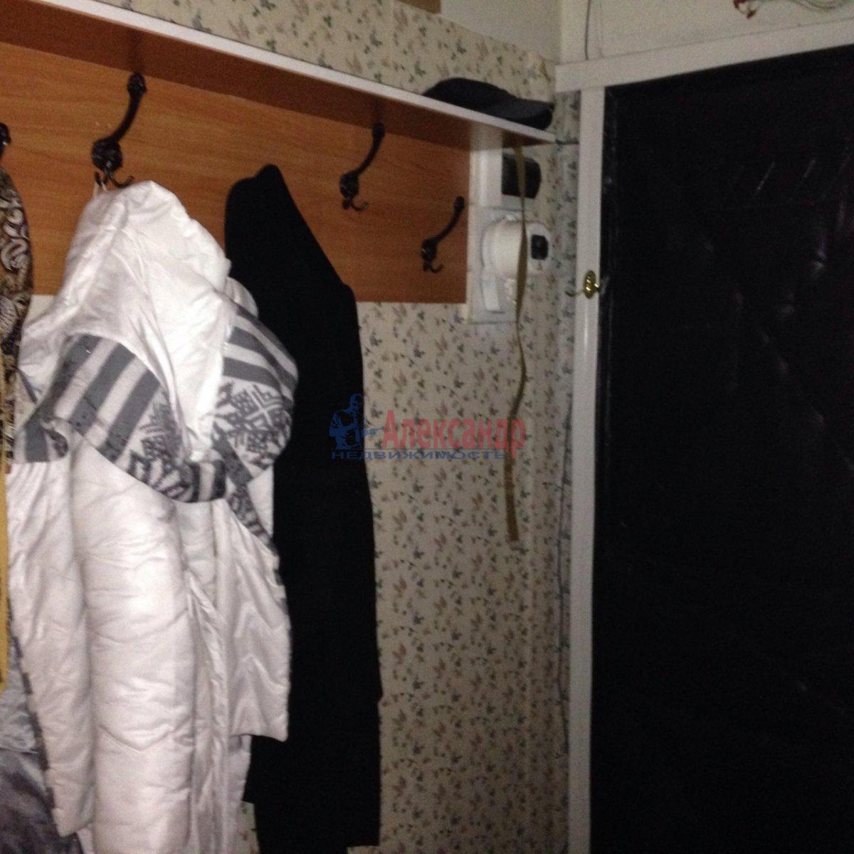 1-комнатная квартира (36м2) в аренду по адресу Карпинского ул., 31— фото 6 из 7