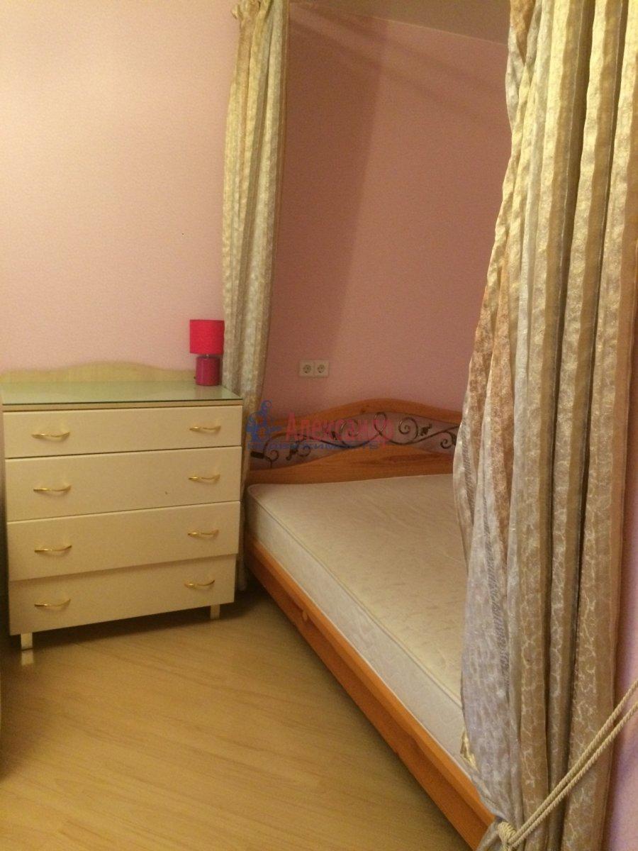 1-комнатная квартира (40м2) в аренду по адресу Космонавтов просп., 61— фото 8 из 11