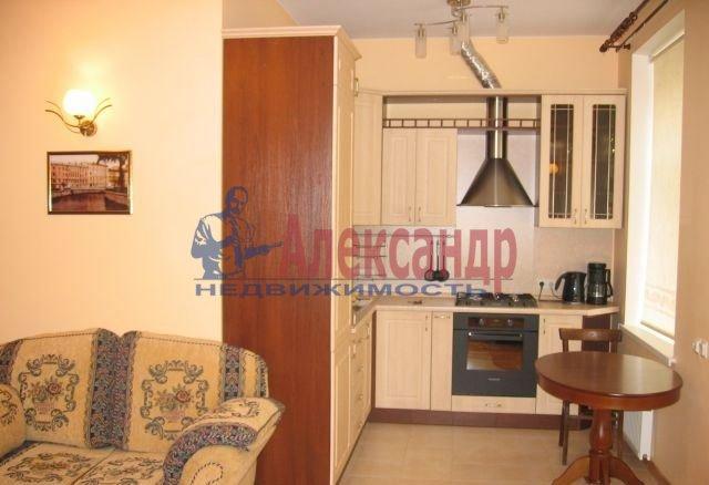 2-комнатная квартира (67м2) в аренду по адресу Ефимова ул., 5— фото 1 из 8