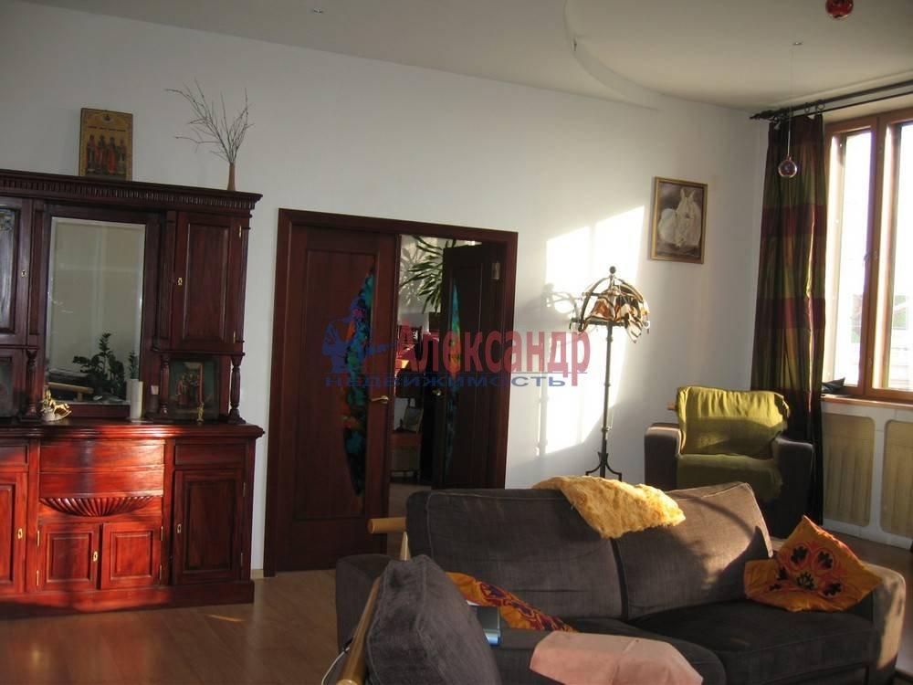 3-комнатная квартира (110м2) в аренду по адресу Ждановская наб., 11— фото 2 из 7