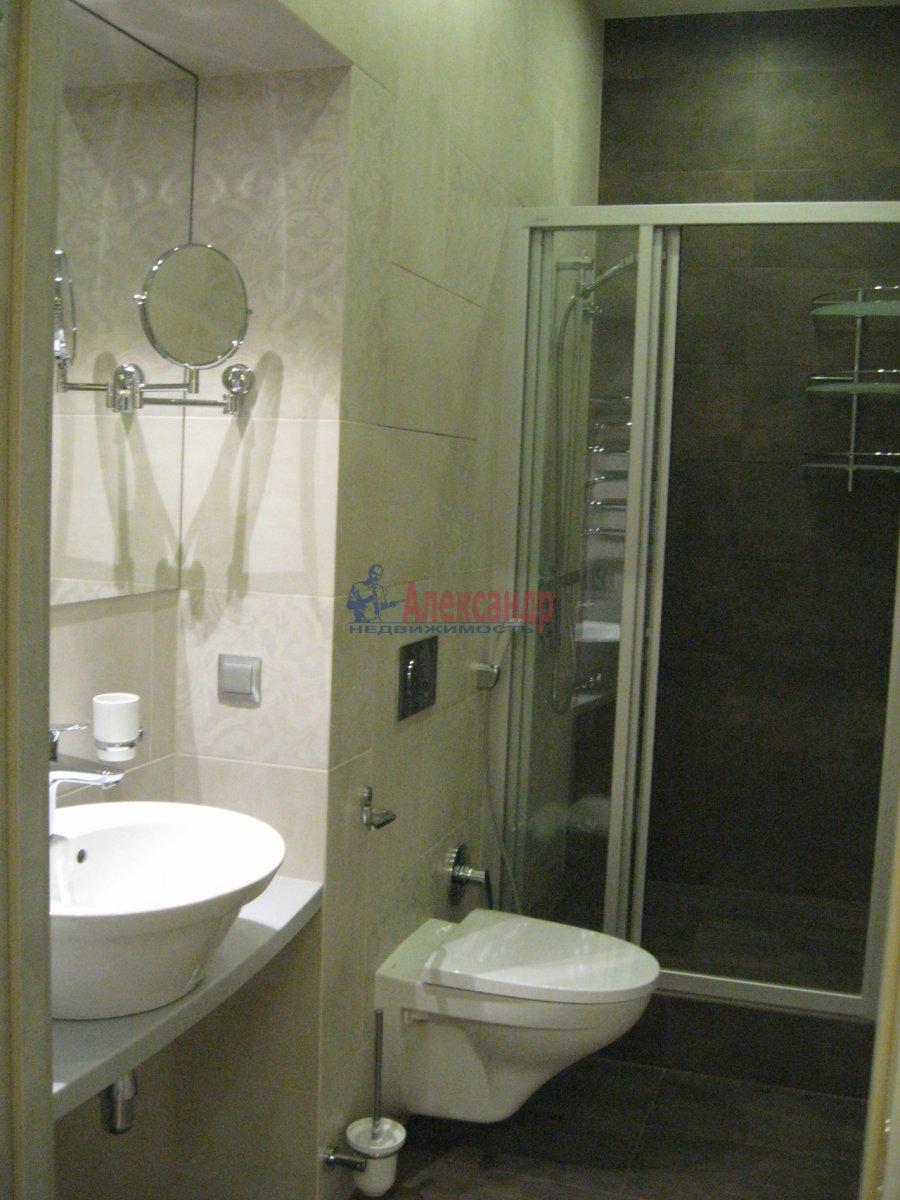 3-комнатная квартира (111м2) в аренду по адресу Беринга ул., 5— фото 5 из 32